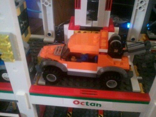 Lego 4207 Elevator Pulley