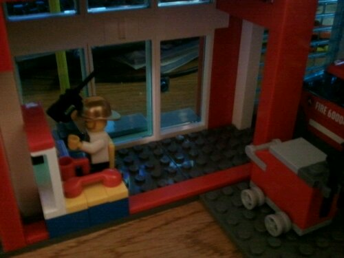 Lego 60004 bottom floor