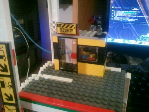 Lego 4207 Second Floor Security Office